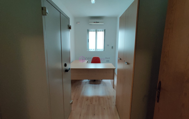 Office in Ta' Xbiex Long Rental