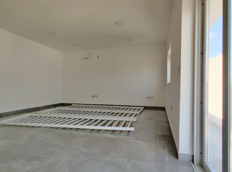 90sqm Mosta Office Space