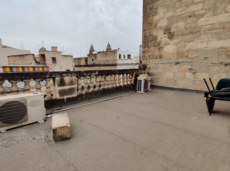 Buy Offices in Malta