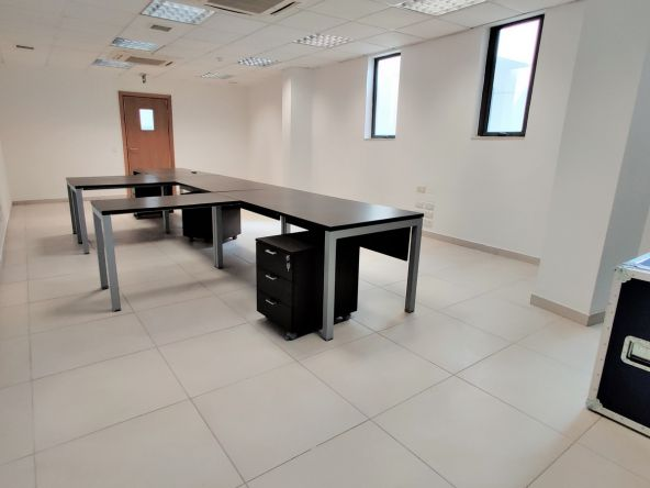 Small Office in Sliema To Let