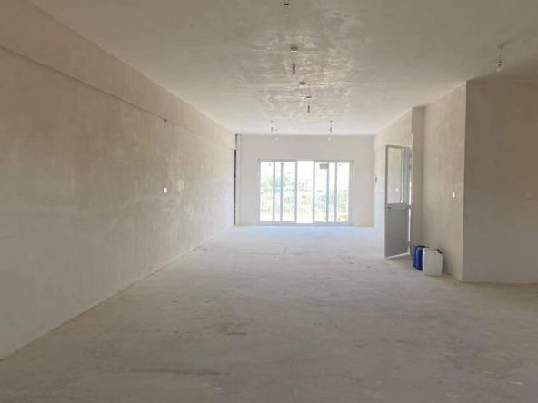 Warehouse and Office to Let in Mosta